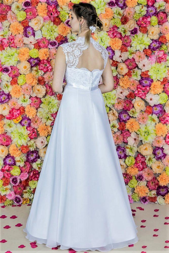 Suknia ślubna Model 817; Suknie ślubne, szycie miarowe, szycie na miarę, producent, suknia ślubna, moda ślubna, salon sukien ślubnych, suknie ślubne galeria, zdjęcia sukni ślubnych, krótkie suknie ślubne, długie suknie ślubne, klasyczne suknie ślubne, koronkowe suknie ślubne, suknia, ślub, zielona góra, panna młoda, wesele, żary, żagań, słubice, świebodzin, sulechów, krosno odrzańskie, nowogród bobrzański, gubin, nowa sól, lubuskie, dolnośląskie, Brautkleider, Hochzeitskleid, Brautmode, Brautkleid, Hochzeitskleider, mit Schleppe, Hochzeit , Hersteller, massgefertigte Brautkleider, Brautkleider nach Maß. Hochzeitsmode aus Polen, allen Größen, wedding, Polen, Zary, Guben, lausitz, Wedding dress, Cottbus, Dresden, Berlin, Anzüge