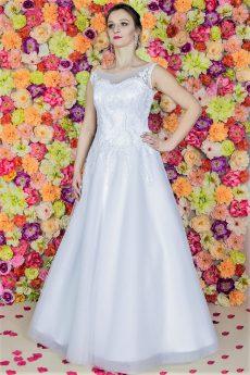 Suknia ślubna Model 818; Suknie ślubne, szycie miarowe, szycie na miarę, producent, suknia ślubna, moda ślubna, salon sukien ślubnych, suknie ślubne galeria, zdjęcia sukni ślubnych, krótkie suknie ślubne, długie suknie ślubne, klasyczne suknie ślubne, koronkowe suknie ślubne, suknia, ślub, zielona góra, panna młoda, wesele, żary, żagań, słubice, świebodzin, sulechów, krosno odrzańskie, nowogród bobrzański, gubin, nowa sól, lubuskie, dolnośląskie, Brautkleider, Hochzeitskleid, Brautmode, Brautkleid, Hochzeitskleider, mit Schleppe, Hochzeit , Hersteller, massgefertigte Brautkleider, Brautkleider nach Maß. Hochzeitsmode aus Polen, allen Größen, wedding, Polen, Zary, Guben, lausitz, Wedding dress, Cottbus, Dresden, Berlin, Anzüge