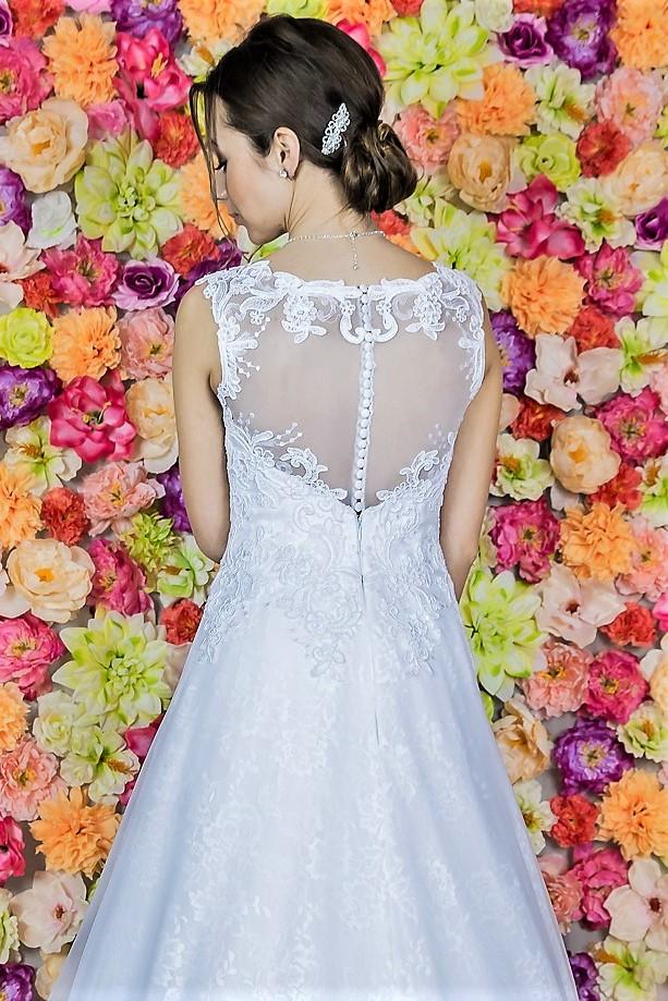 Suknia ślubna Model 821; Suknie ślubne, szycie miarowe, szycie na miarę, producent, suknia ślubna, moda ślubna, salon sukien ślubnych, suknie ślubne galeria, zdjęcia sukni ślubnych, krótkie suknie ślubne, długie suknie ślubne, klasyczne suknie ślubne, koronkowe suknie ślubne, suknia, ślub, zielona góra, panna młoda, wesele, żary, żagań, słubice, świebodzin, sulechów, krosno odrzańskie, nowogród bobrzański, gubin, nowa sól, lubuskie, dolnośląskie, Brautkleider, Hochzeitskleid, Brautmode, Brautkleid, Hochzeitskleider, mit Schleppe, Hochzeit , Hersteller, massgefertigte Brautkleider, Brautkleider nach Maß. Hochzeitsmode aus Polen, allen Größen, wedding, Polen, Zary, Guben, lausitz, Wedding dress, Cottbus, Dresden, Berlin, Anzüge