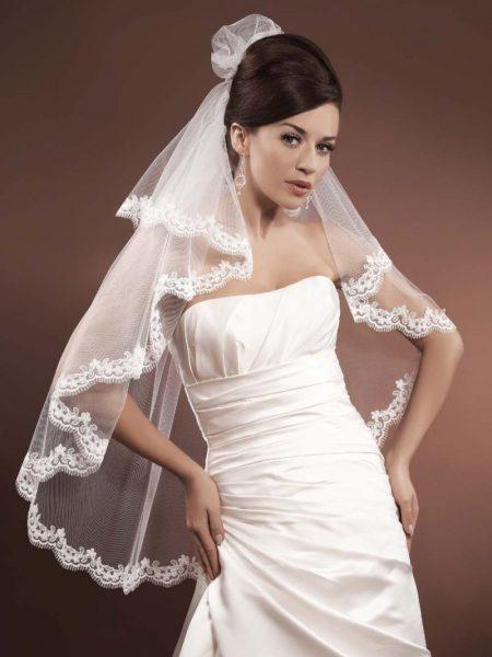 Welon Model 332; Suknie ślubne, szycie miarowe, szycie na miarę, producent, suknia ślubna, moda ślubna, salon sukien ślubnych, suknie ślubne galeria, zdjęcia sukni ślubnych, krótkie suknie ślubne, długie suknie ślubne, klasyczne suknie ślubne, koronkowe suknie ślubne, suknia, ślub, zielona góra, panna młoda, wesele, żary, żagań, słubice, świebodzin, sulechów, krosno odrzańskie, nowogród bobrzański, gubin, nowa sól, lubuskie, dolnośląskie,
