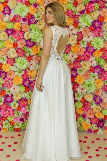 Suknia ślubna Model 910; Suknie ślubne, suknie ślubne szyte na miare, suknie ślubne na wymiar, suknie slubne duze rozmiary, suknia ślubna z rękawem 3/4, suknie ślubne szyte na miarę, producent sukni ślubnych, producent sukien ślubnych, szycie miarowe, szycie na miarę, producent, suknia ślubna, moda ślubna, salon sukien ślubnych, suknie ślubne galeria, zdjęcia sukni ślubnych, krótkie suknie ślubne, długie suknie ślubne, klasyczne suknie ślubne, koronkowe suknie ślubne, suknia, ślub, zielona góra, panna młoda, wesele, żary, żagań, słubice, świebodzin, sulechów, krosno odrzańskie, nowogród bobrzański, gubin, nowa sól, lubuskie, dolnośląskie, Rodzaje sukien ślubnych