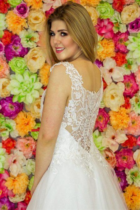 Suknia ślubna Model 914; Suknie ślubne, suknie ślubne szyte na miare, suknie ślubne na wymiar, suknie slubne duze rozmiary, suknia ślubna z rękawem 3/4, suknie ślubne szyte na miarę, producent sukni ślubnych, producent sukien ślubnych, szycie miarowe, szycie na miarę, producent, suknia ślubna, moda ślubna, salon sukien ślubnych, suknie ślubne galeria, zdjęcia sukni ślubnych, krótkie suknie ślubne, długie suknie ślubne, klasyczne suknie ślubne, koronkowe suknie ślubne, suknia, ślub, zielona góra, panna młoda, wesele, żary, żagań, słubice, świebodzin, sulechów, krosno odrzańskie, nowogród bobrzański, gubin, nowa sól, lubuskie, dolnośląskie, Rodzaje sukien ślubnych