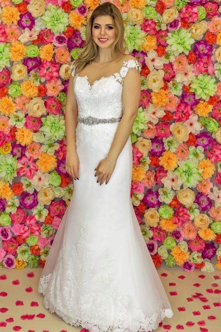 Suknia ślubna Model 819; Suknie ślubne, suknie ślubne szyte na miare, suknie ślubne na wymiar, suknie slubne duze rozmiary, suknia ślubna z rękawem 3/4, suknie ślubne szyte na miarę, producent sukni ślubnych, producent sukien ślubnych, szycie miarowe, szycie na miarę, producent, suknia ślubna, moda ślubna, salon sukien ślubnych, suknie ślubne galeria, zdjęcia sukni ślubnych, krótkie suknie ślubne, długie suknie ślubne, klasyczne suknie ślubne, koronkowe suknie ślubne, suknia, ślub, zielona góra, panna młoda, wesele, żary, żagań, słubice, świebodzin, sulechów, krosno odrzańskie, nowogród bobrzański, gubin, nowa sól, lubuskie, dolnośląskie, Rodzaje sukien ślubnych