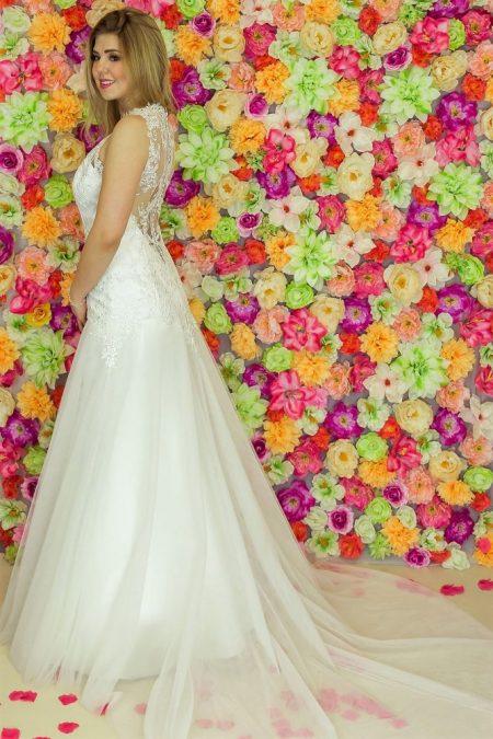 Suknia ślubna Model 924; Suknie ślubne, suknie ślubne szyte na miare, suknie ślubne na wymiar, suknie slubne duze rozmiary, suknia ślubna z rękawem 3/4, suknie ślubne szyte na miarę, producent sukni ślubnych, producent sukien ślubnych,szycie miarowe, szycie na miarę, producent, suknia ślubna, moda ślubna, salon sukien ślubnych, suknie ślubne galeria, zdjęcia sukni ślubnych, krótkie suknie ślubne, długie suknie ślubne, klasyczne suknie ślubne, koronkowe suknie ślubne, suknia, ślub, zielona góra, panna młoda, wesele, żary, żagań, słubice, świebodzin, sulechów, krosno odrzańskie, nowogród bobrzański, gubin, nowa sól, lubuskie, dolnośląskie, Rodzaje sukien ślubnych