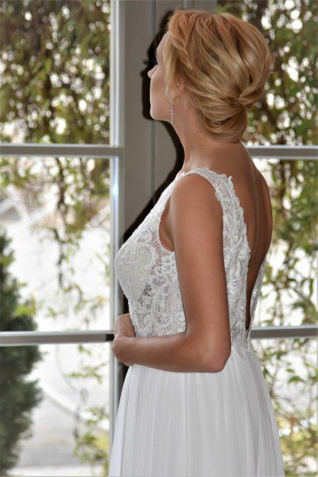 Suknia ślubna Model 016