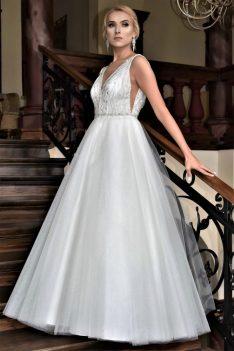 Suknia ślubna Model 017