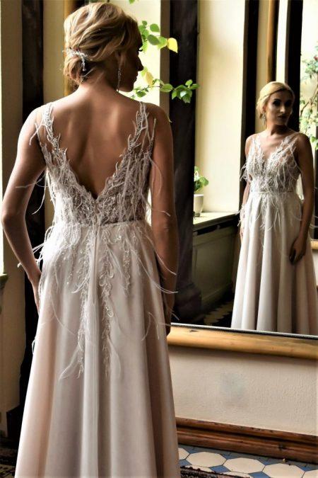 Suknia ślubna Model 018